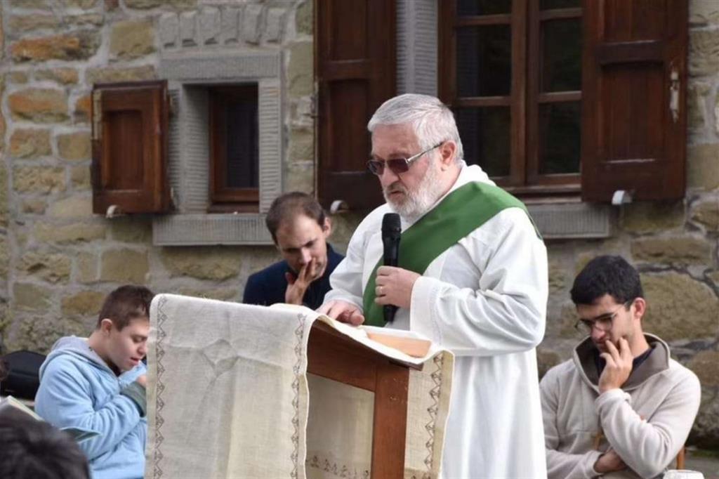 Muere de coronavirus en Remini -Italia- el diácono Maurizio Bertaccini, padre de 10 hijos y médico