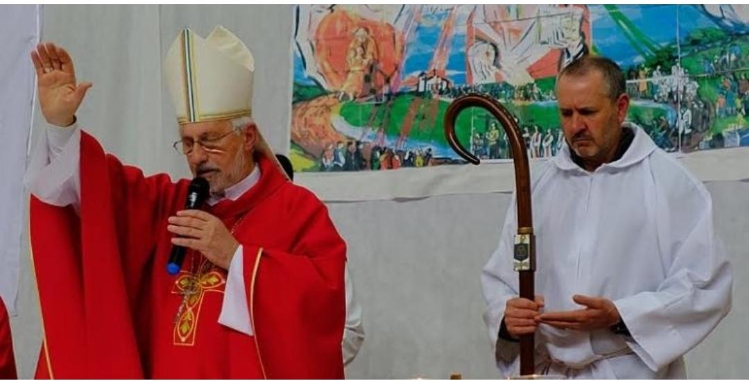 El obispo de Neuquén -Argentina-, monseñor Fernando Croxatto, ordenará sacerdote al diácono Marcelo Rodolfo Reynoso, viudo y padre de dos hijos.