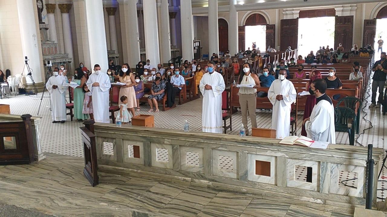 Diocese de Ilhéus (Brasil)) tem 4 novos Diáconos Permanentes