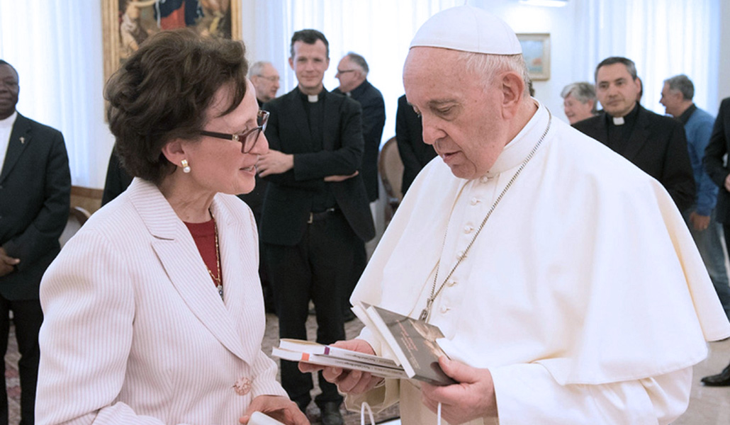 Nuria Calduch-Benages: «Creo que no veremos mujeres diácono»