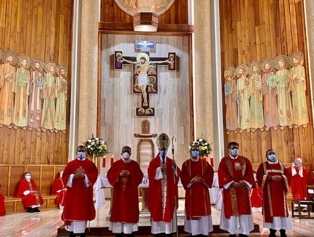 Iglesia de Santa María de los Ángeles, en Chile,  tiene 5 nuevos Diáconos