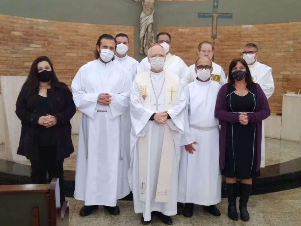 Cardeal Scherer preside rito de admissão de candidatos ao diaconato permanente