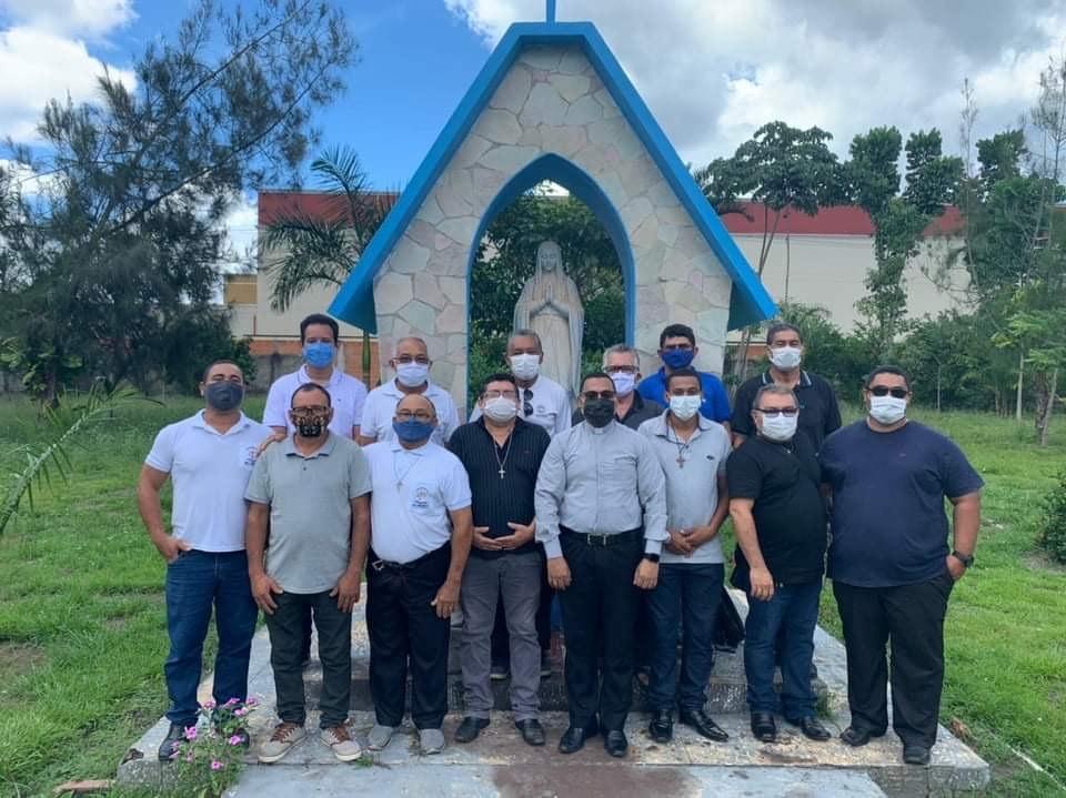 Diáconos da Diocese de Abaetetuba (PA, Brasil) têm reunião com Diretor Espiritual